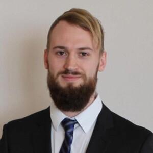 Kasper Plougmann / Squazz med slips