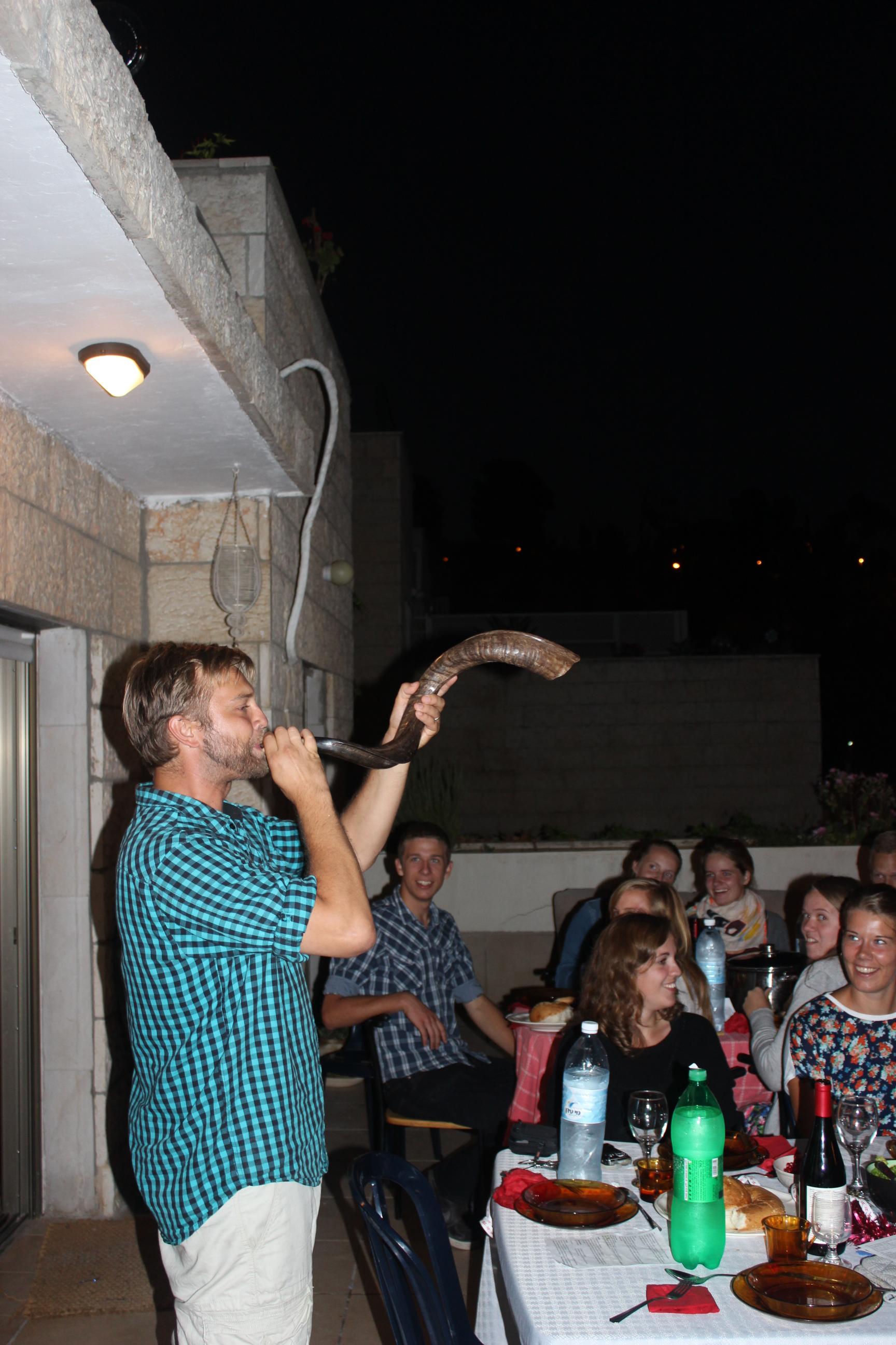 David blæser i shofarhorn