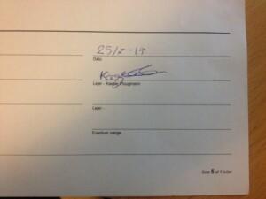 Underskrift af leje kontrakt