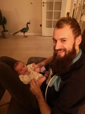 Kasper Plougmann med barn