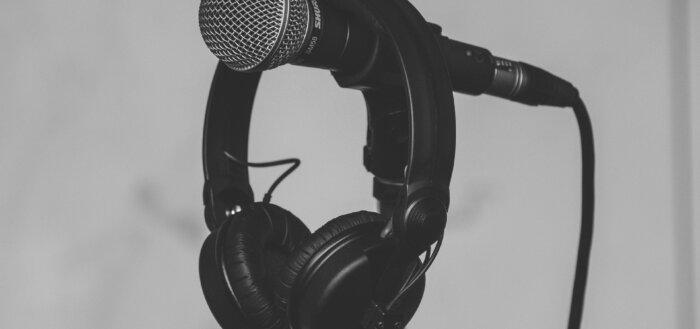 Mikrofon og headphones